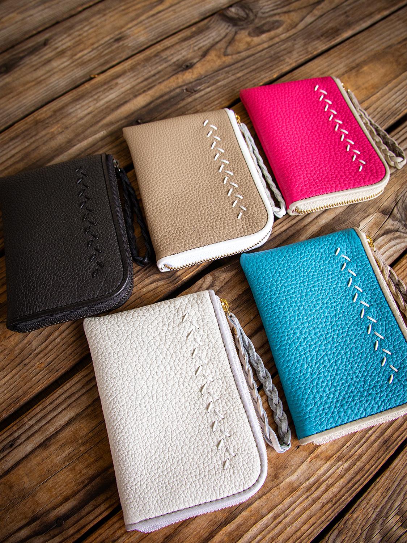 ポケットに入る楽な手ぶらスタイルでお出かけできる最高級シュリンクレザー・エスポワールで造る本革スモールウォレット[Lファスナーミニ財布]のJULIETTEが登場しました。