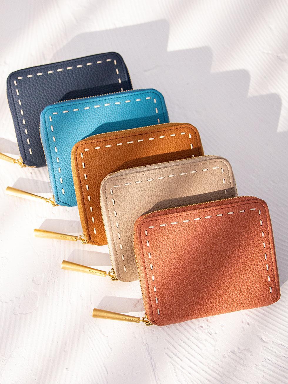 SAHOの妹、最高級の本革シュリンクレザー・エスポワールで造る二つ折り財布の「BONNY」が誕生。