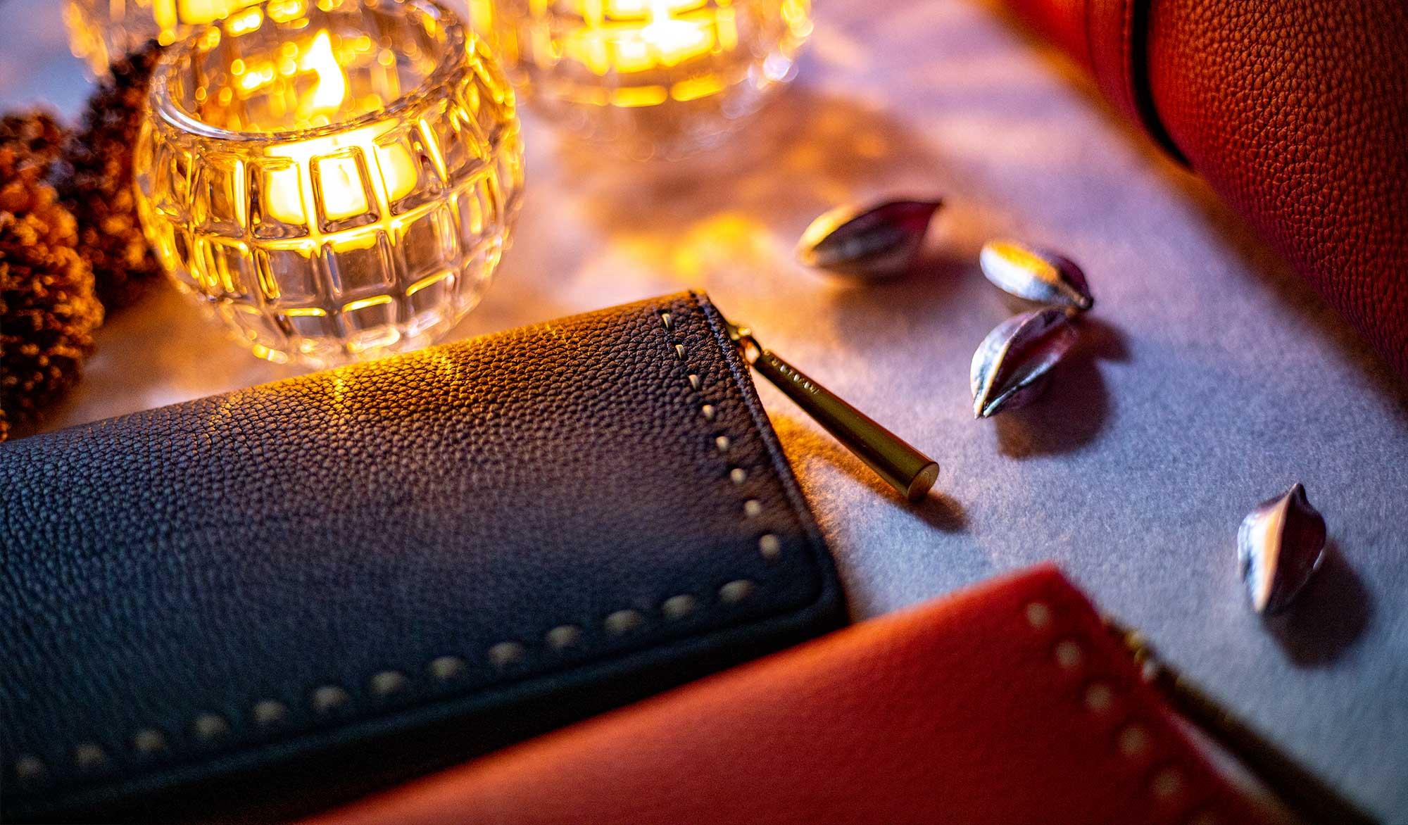 最高級シュリンクレザー・エスポワールで造る日本製のラウンドジッパー長財布[本革ウォレット]SAHO。